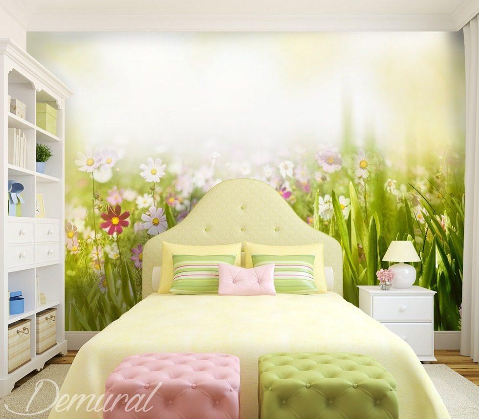 froher fr hling fototapete f r kinderzimmer. Black Bedroom Furniture Sets. Home Design Ideas